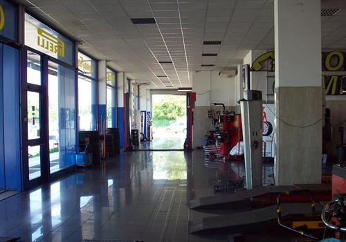 Officina Pronto Gomme - Centro Specializzato dell'Auto - Autofficina